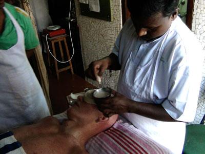ayurvedische Augenbehandlung